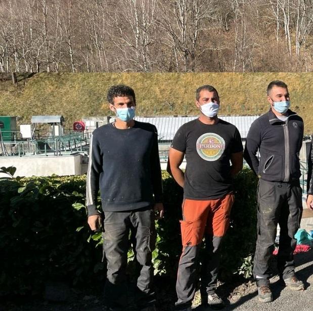 Régis Cazalas et ses collègues de l'entreprise Eco-Altitude